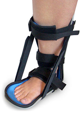 Promote faster healing of your Achilles tendon with a Night Splint with tread